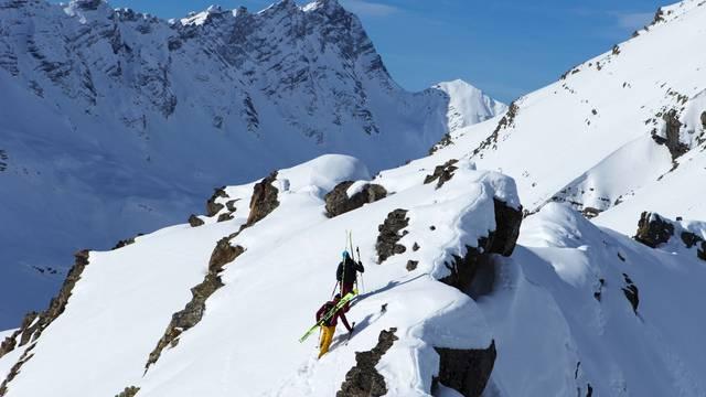 Bonne neige et beau temps sur Puy Saint Vincent et Pelvoux-Vallouise