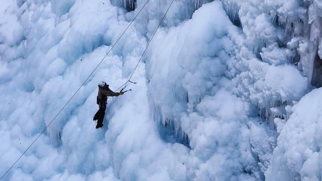 Cascade de glace Hautes-Alpes