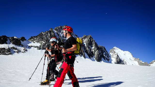 - glacier_blanc_barre_des_ecrins_ete_jannovakphotography-9.JPG