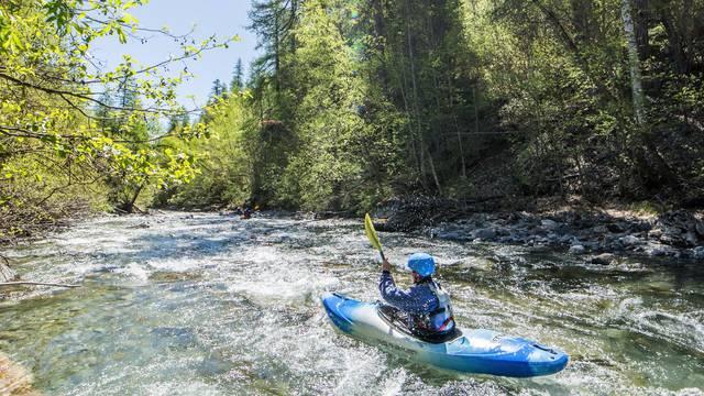 kayak_riviere_vallouise_onde_leau_nature_printemps2017