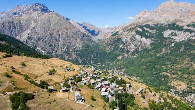 Puy-Aillaud, haut lieu de parapente en France