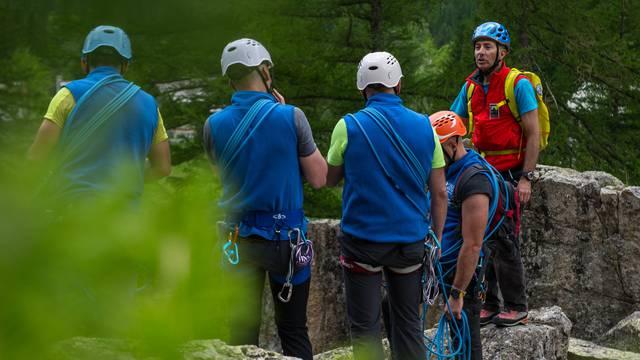 Séjour Alpinisme Autonomie, avec Alpes Aventure