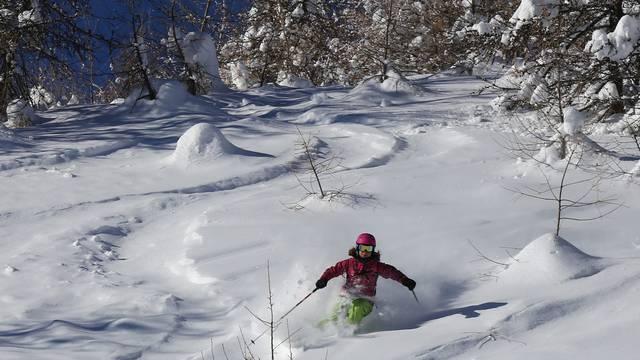 Ski de rando, ski pleine lune et ski freeride - English