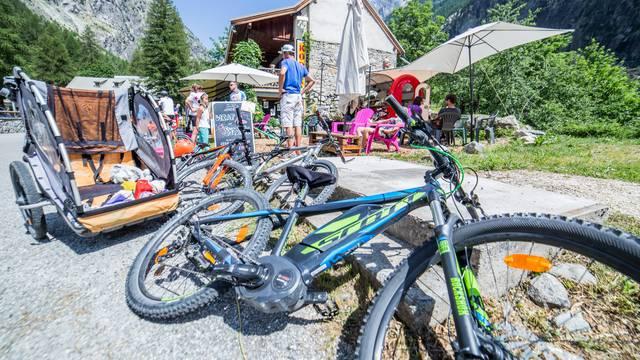 Vélo électrique en Vallouise