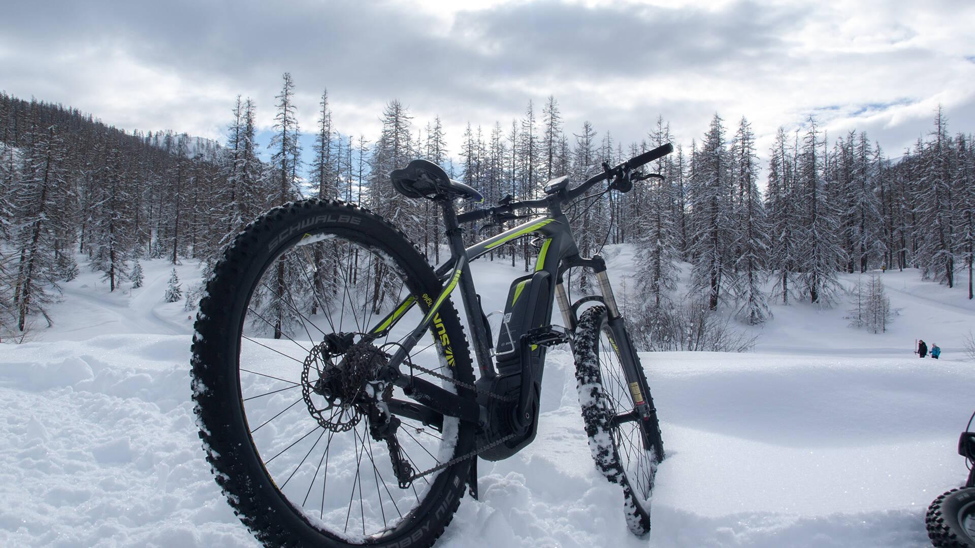 Fat Bike électrique au Col de la Pousterle, Puy Saint Vincent
