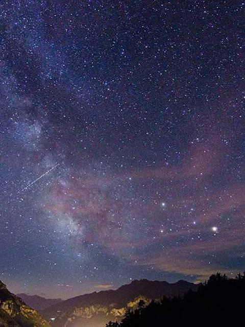 Une nuit à la belle étoile au Refuge du Pas du Loup