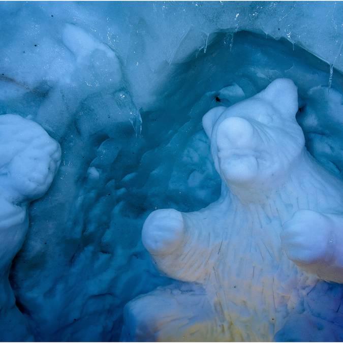 Igloo Pelvoo Sculptures sur neige